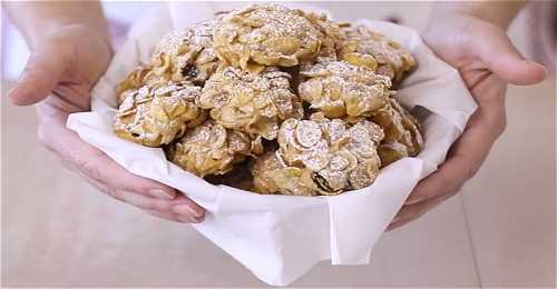 Ricetta biscotti 39 39 rose del deserto 39 39 for Siti di ricette cucina