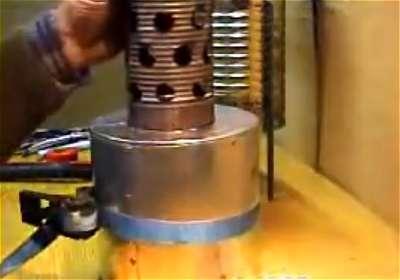Come costruire una stufa a pirogas for Costruire stufa pirolisi
